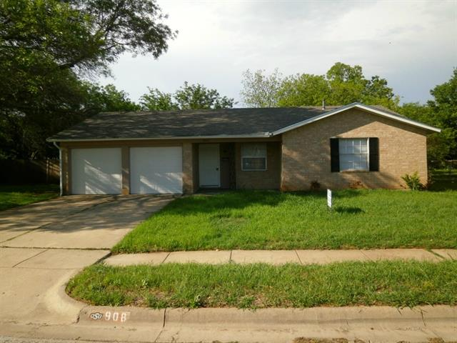 Rental Homes for Rent, ListingId:32947875, location: 908 Redbud Street Crowley 76036