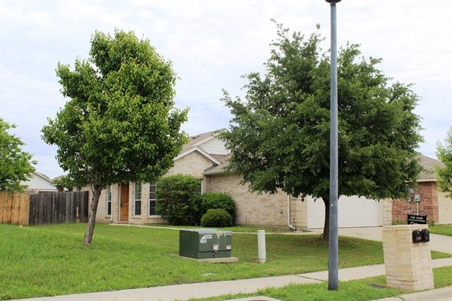 Rental Homes for Rent, ListingId:32959860, location: 1132 Browntop Street Crowley 76036