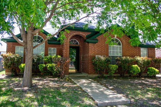 Rental Homes for Rent, ListingId:32993423, location: 1607 Summers Drive Cedar Hill 75104