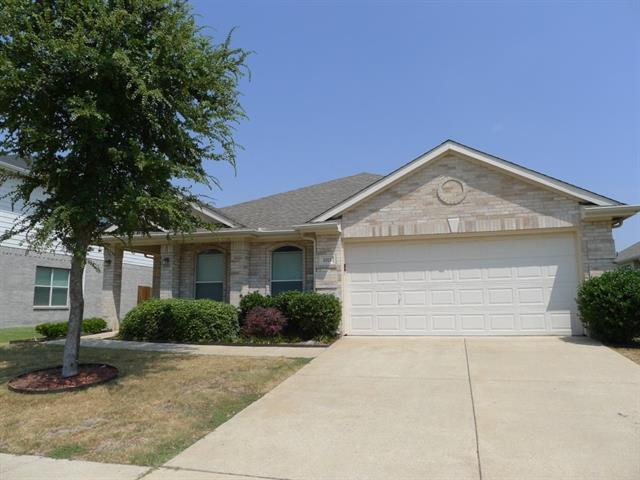 Rental Homes for Rent, ListingId:33082049, location: 1113 Mockingbird Drive Aubrey 76227