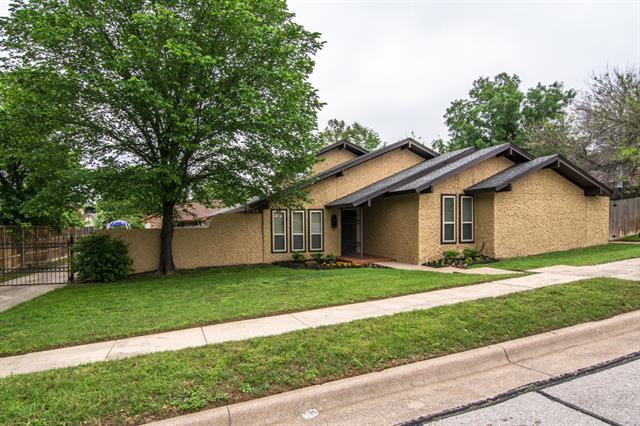 Real Estate for Sale, ListingId: 32993437, Bedford,TX76022