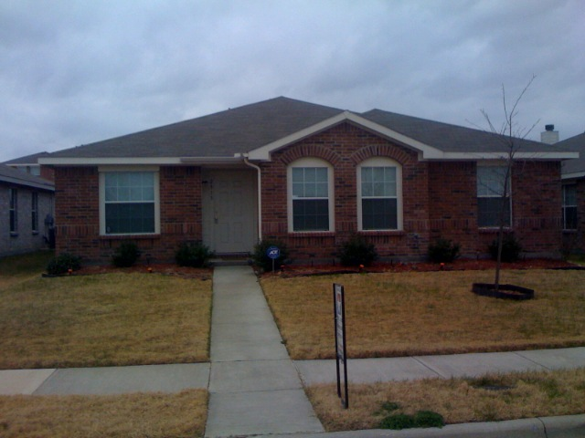 Rental Homes for Rent, ListingId:32993422, location: 2913 Marsh Drive Lancaster 75134
