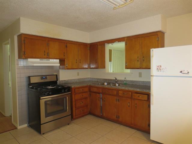 Rental Homes for Rent, ListingId:33007621, location: 408 E Inwood Drive Arlington 76010