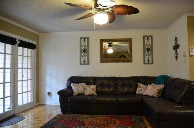 Rental Homes for Rent, ListingId:33037897, location: 16301 Ledgemont Lane Addison 75001