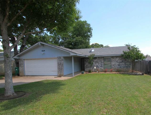 Rental Homes for Rent, ListingId:33142148, location: 1104 Autumn Oak Drive Denton 76209