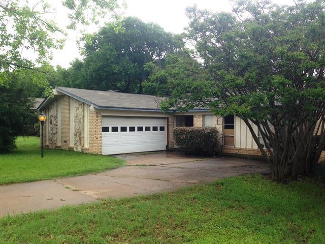Rental Homes for Rent, ListingId:33047284, location: 1116 Autumn Oak Drive Denton 76209