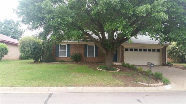Rental Homes for Rent, ListingId:33055864, location: 6220 Maple Springs Drive Arlington 76001