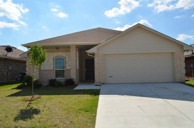 Rental Homes for Rent, ListingId:33104567, location: 12512 Fenway Court Ft Worth 76035