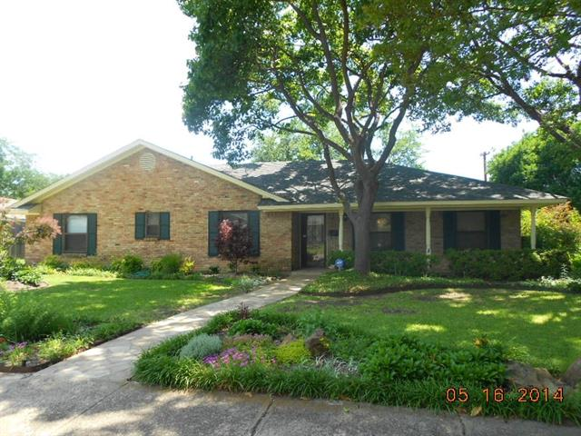 Rental Homes for Rent, ListingId:33104263, location: 3240 Camelot Drive Dallas 75229