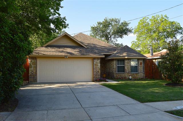 Rental Homes for Rent, ListingId:33104940, location: 8102 Melrose Street E White Settlement 76108