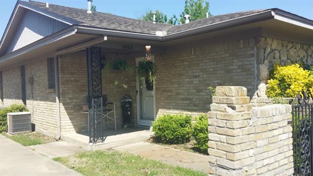 Rental Homes for Rent, ListingId:33116748, location: 1802 Crescent Drive Sherman 75092