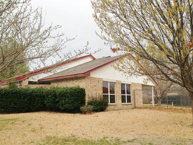 Rental Homes for Rent, ListingId:33130119, location: 10116 Bugle Drive Ft Worth 76108