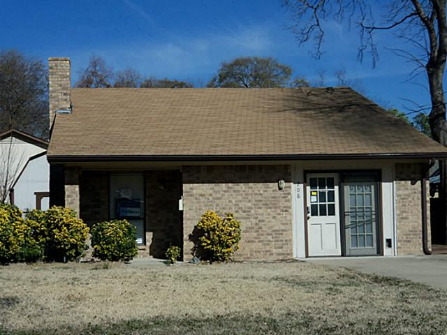 Rental Homes for Rent, ListingId:33165827, location: 206 Heath Street Terrell 75160