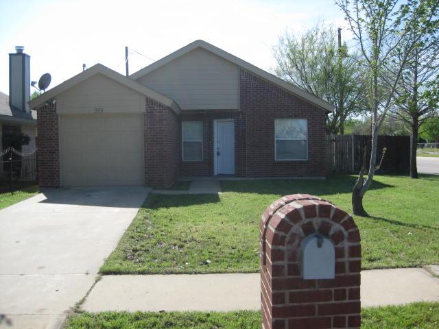 Rental Homes for Rent, ListingId:33239955, location: 455 Pleasant Vista Drive Dallas 75217