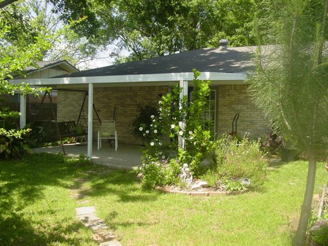625 Madison Dr, Corsicana, TX 75110