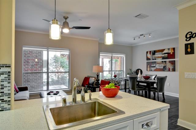 Rental Homes for Rent, ListingId:33218277, location: 4554 Glenwick Lane Dallas 75205