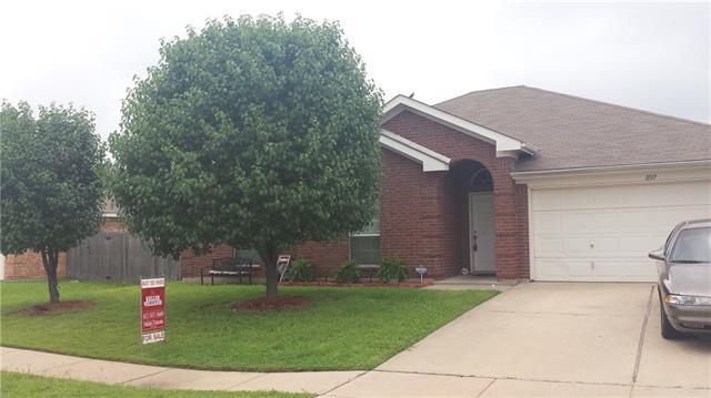 Real Estate for Sale, ListingId: 33240304, Crowley,TX76036