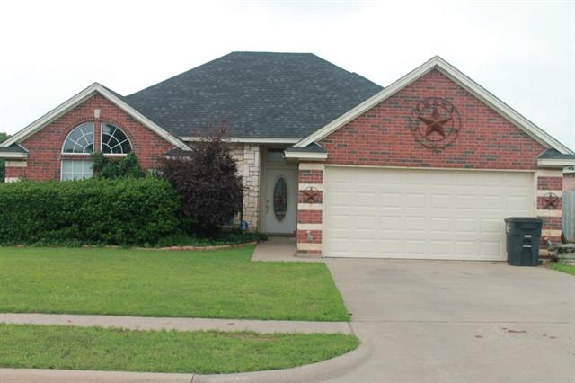 Rental Homes for Rent, ListingId:33244035, location: 701 Hill Lane Cleburne 76033