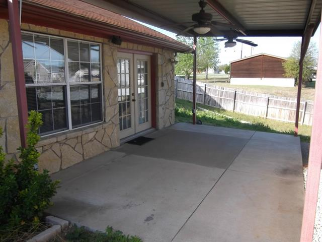 Rental Homes for Rent, ListingId:33301288, location: 6618 Blue Water Court Granbury 76049