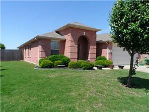 Rental Homes for Rent, ListingId:33322168, location: 203 Arrowhead Drive Burleson 76028
