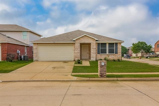 Rental Homes for Rent, ListingId:33332247, location: 3826 German Pointer Way Ft Worth 76123