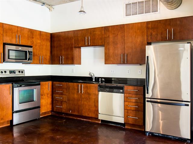 Rental Homes for Rent, ListingId:33969413, location: 1001 Belleview Street Dallas 75215