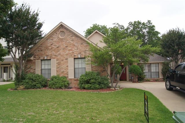 Rental Homes for Rent, ListingId:33322188, location: 2908 Bluffview Drive Garland 75043