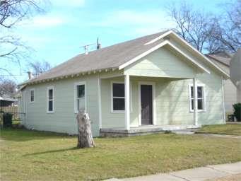 Rental Homes for Rent, ListingId:33352306, location: 3301 Frazier Avenue Ft Worth 76110