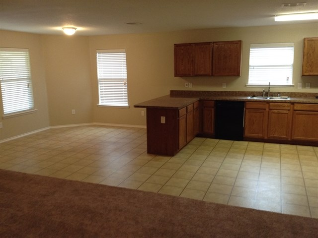 Rental Homes for Rent, ListingId:33352374, location: 2045 Old Glory Lane Heartland 75126