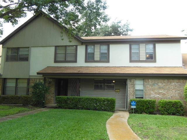 Single Family Home for Sale, ListingId:33352322, location: 4817 Rollingwood Court Garland 75043