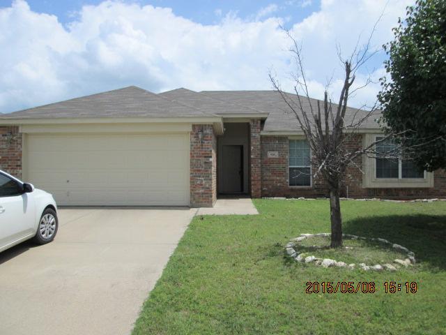 Rental Homes for Rent, ListingId:33390269, location: 920 Crowder Drive Crowley 76036