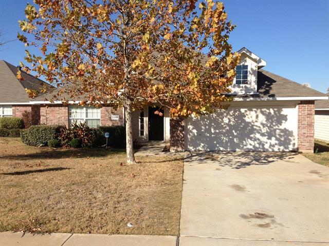 Rental Homes for Rent, ListingId:33390018, location: 3201 Anysa Lane Denton 76209