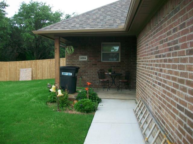 Rental Homes for Rent, ListingId:33388576, location: 4204 Donna Court Granbury 76049