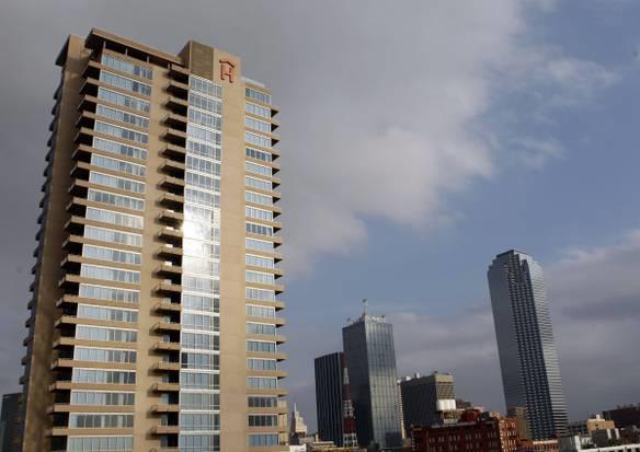Rental Homes for Rent, ListingId:33523028, location: 2200 Victory Avenue Dallas 75219