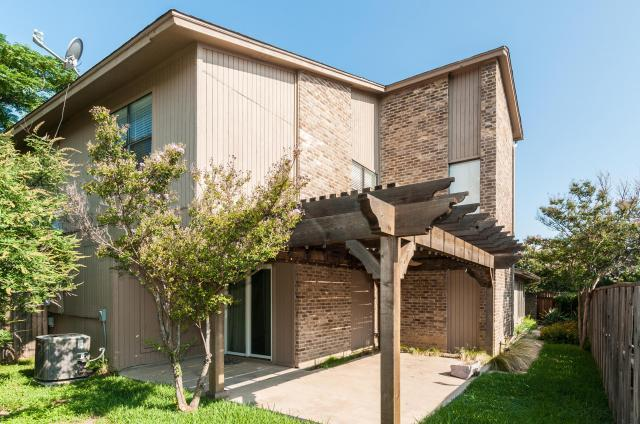 Rental Homes for Rent, ListingId:33728828, location: 3325 Bristol Road Ft Worth 76107