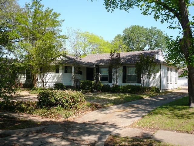 Rental Homes for Rent, ListingId:33388604, location: 3971 Beechwood Lane Dallas 75220