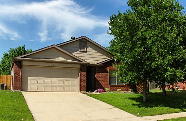 Rental Homes for Rent, ListingId:33398853, location: 1016 Greenbend Drive Denton 76210