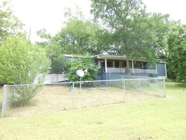 65 Cherokee Blvd, Pottsboro, TX 75076