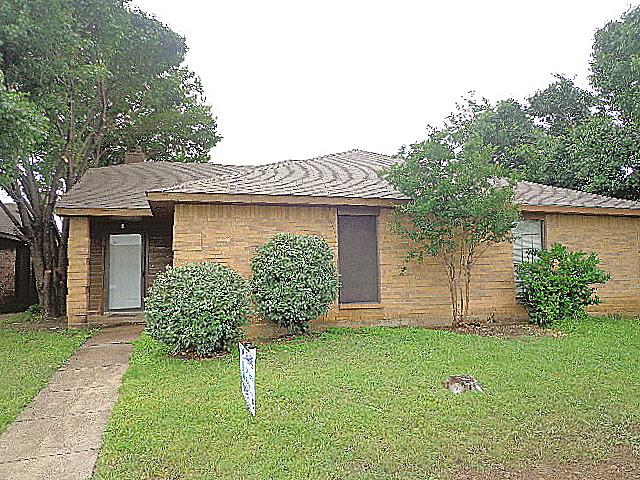 Rental Homes for Rent, ListingId:33407054, location: 520 Stonehenge Drive Grand Prairie 75052