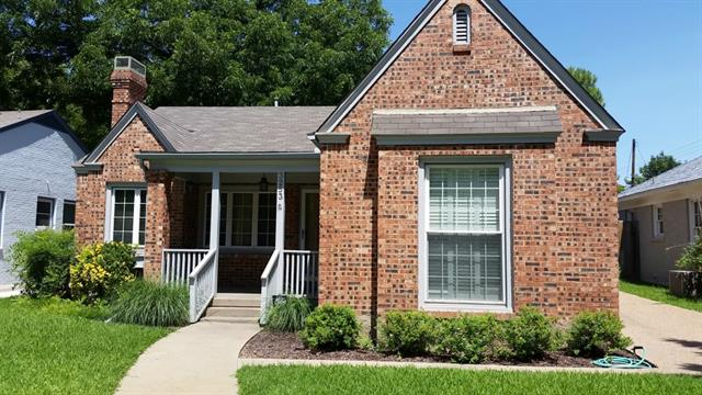 Rental Homes for Rent, ListingId:33407277, location: 3253 Rogers Avenue Ft Worth 76109