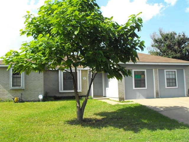 Single Family Home for Sale, ListingId:33424945, location: 407 Rifleman Trail Arlington 76002