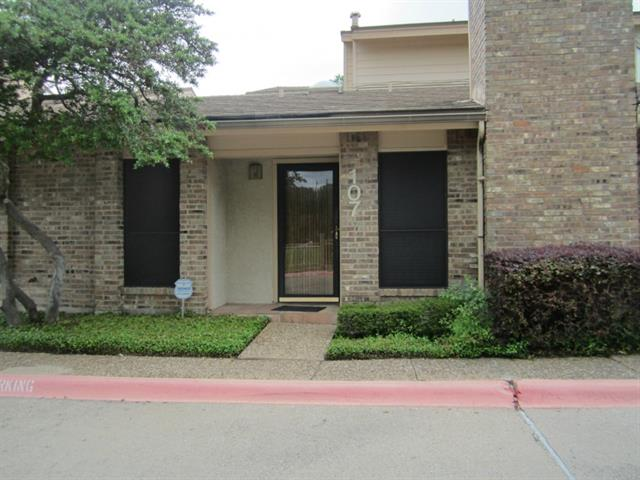 Rental Homes for Rent, ListingId:33424998, location: 17490 Meandering Way Dallas 75252