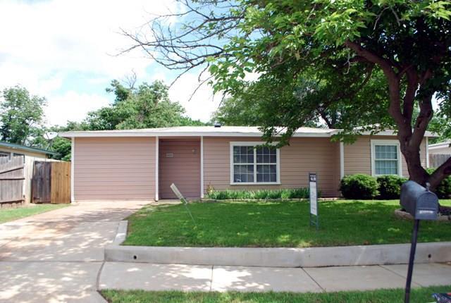 Rental Homes for Rent, ListingId:33450136, location: 615 Bluebonnet Drive Hurst 76053