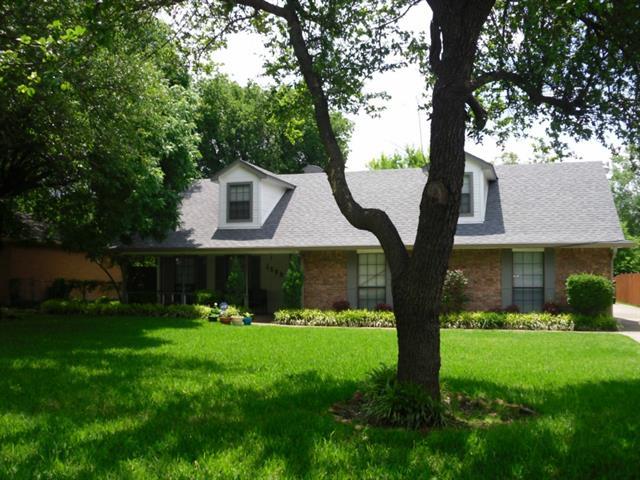 Rental Homes for Rent, ListingId:33425111, location: 1599 E Springcrest Circle Lancaster 75134