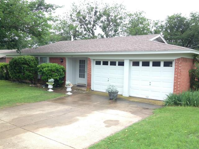 Rental Homes for Rent, ListingId:33448760, location: 412 Rolling Hills Drive Aledo 76008