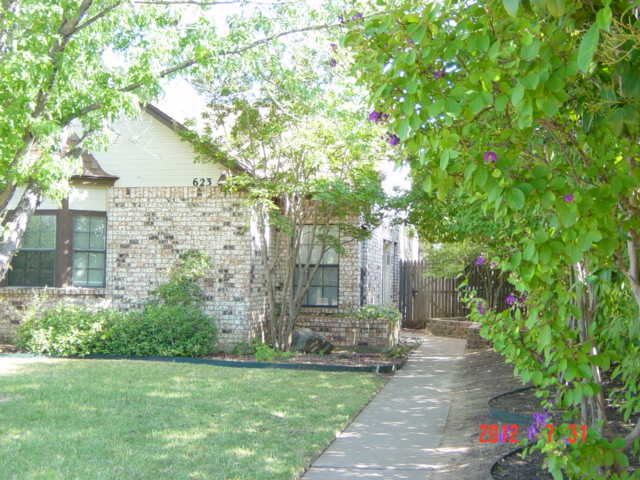 Rental Homes for Rent, ListingId:33501493, location: 623 CANTERBURY Street Euless 76039