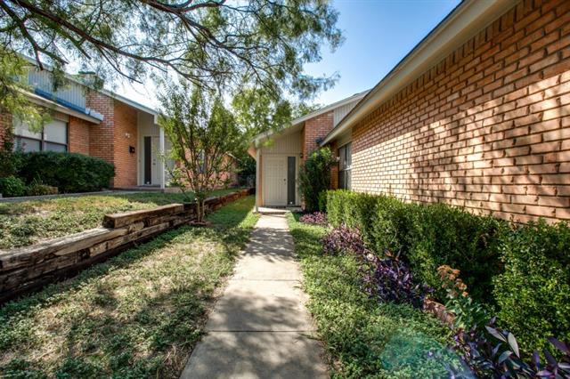 Rental Homes for Rent, ListingId:33459266, location: 4821 Fletcher Avenue Ft Worth 76107