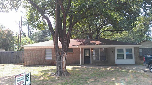 Rental Homes for Rent, ListingId:33467747, location: 205 Myrtle Drive Hurst 76053