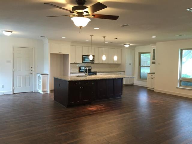 Rental Homes for Rent, ListingId:33478894, location: 3323 Pine Tree Circle Farmers Branch 75234