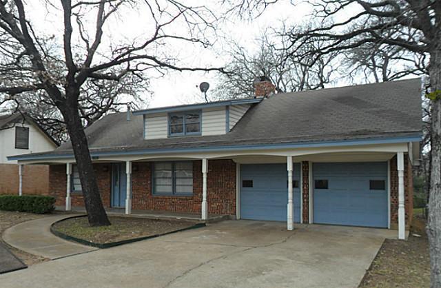 Rental Homes for Rent, ListingId:33489033, location: 828 S Collins Street Arlington 76010